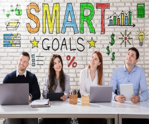 Business People Thinking About Smart Goal Concept